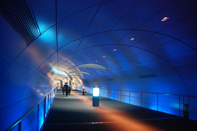The tunnel to the Osaka Maritime Museum
