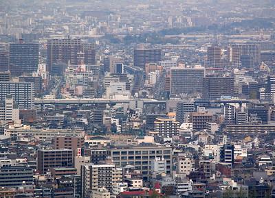 A shinkansen approaching Shin Osaka station