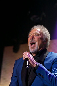 Tom Jones @ Osborne House summer concerts 2014