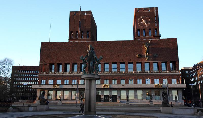 Όσλο. Δημαρχείο – Oslo Rådhus