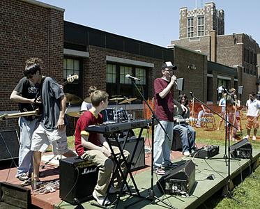 2005.Field.Day (101)