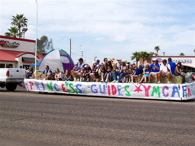 Ostrich Parade 2007 - Comanche