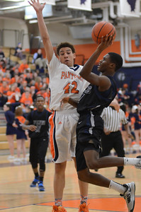 OE basketball Vs Oswego 2013 025