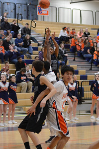 OE basketball Vs Oswego 2013 017