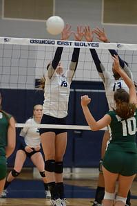 Oswego East Girls Volleyball Vs Waubonsie Valley 2013 441