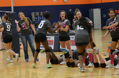 Girls Volleyball Vs Oswego 2013 015