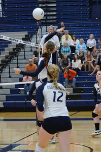 Oswego East Volleyball Vs Oswego 2013 019