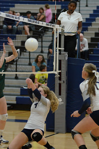 Oswego East Girls Volleyball Vs Waubonsie Valley 2013 652