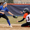 OLE.040518.SPORTS.Oswego softball