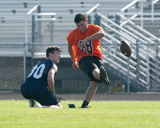 OLE.071218.SPORTS.Oswego football