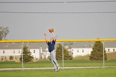 O E  Varsity Baseball Vs Minooka 004