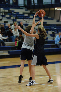 Girls Basketball Blue Silver Scrimmage 051