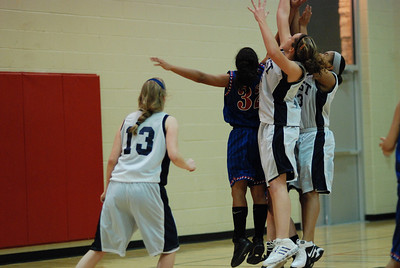 Freshman OE Girls Basketball Vs Larkin 068