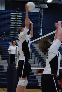 OE boys volleyball 4-12-11 114