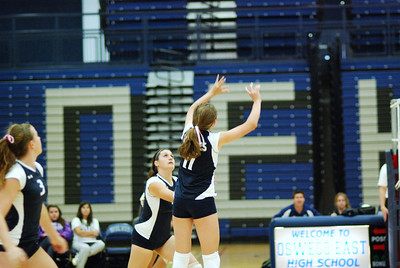 Oswego East volleyball Vs plainfield East 113