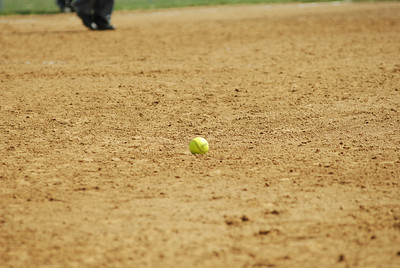 OE varsity softball 381