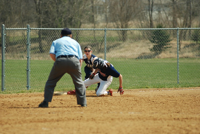 OE varsity softball 370