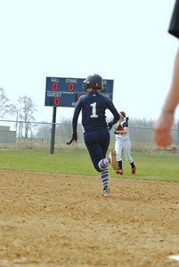 OE varsity softball 015