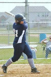 OE varsity softball 021