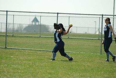 OE varsity softball 359