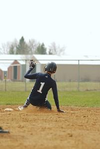 OE varsity softball 017