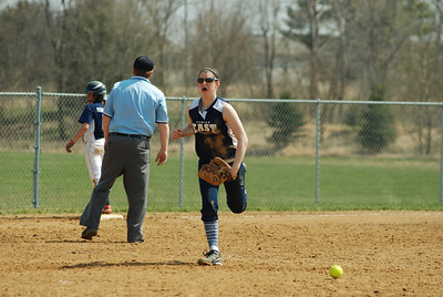 OE varsity softball 372
