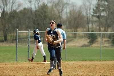OE varsity softball 373
