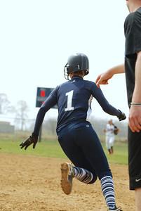 OE varsity softball 014