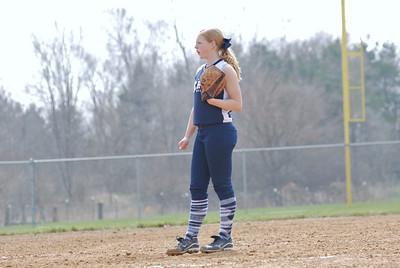 OE varsity softball 042