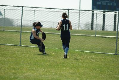 OE varsity softball 357
