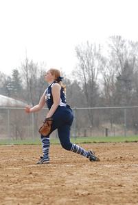 OE varsity softball 031