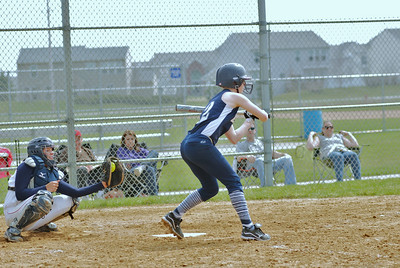 OE varsity softball 003