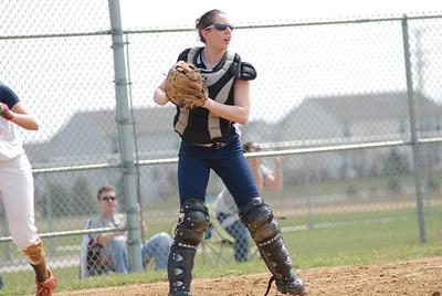 OE varsity softball 050