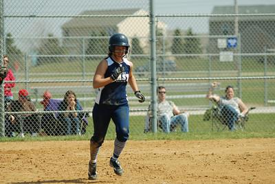 OE varsity softball 455