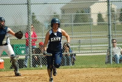 OE varsity softball 454
