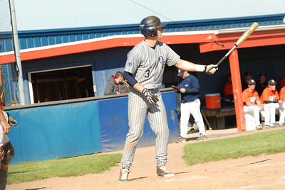 OE Varsity Vs Oswego baseball 028