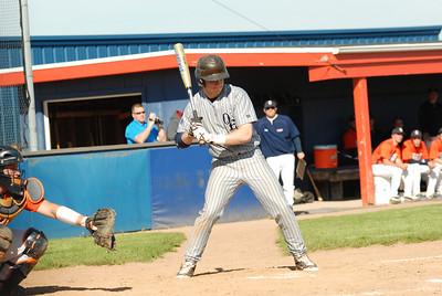 OE Varsity Vs Oswego baseball 030