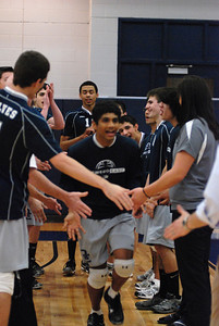 OE boys volleyball 4-12-11 356