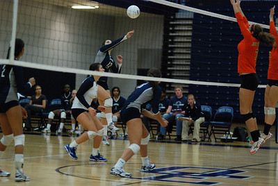 Oswego East volleyball Vs plainfield East 384