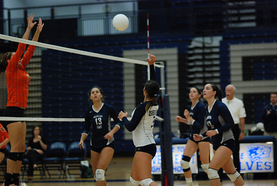 Oswego East volleyball Vs plainfield East 366