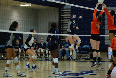 Oswego East volleyball Vs plainfield East 372