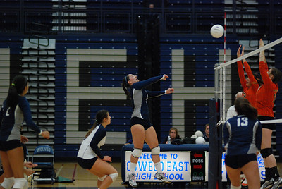 Oswego East volleyball Vs plainfield East 400