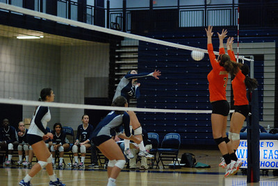 Oswego East volleyball Vs plainfield East 385
