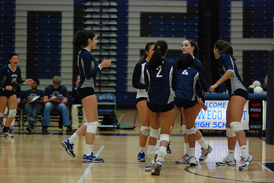 Oswego East volleyball Vs plainfield East 401