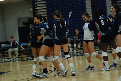 Oswego East volleyball Vs plainfield East 422