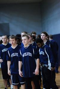 OE Basketball tip-off 002