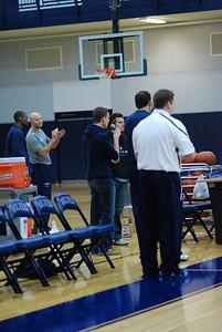 OE Basketball tip-off 082