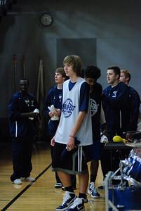 OE Basketball tip-off 066