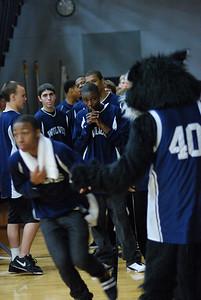 OE Basketball tip-off 013