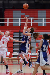 OE  girls basketball Vs Naperville Central 022